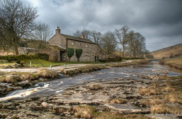 Langstrothdale. Another view of the farmhouse which I felt might look good in a 'painted' style