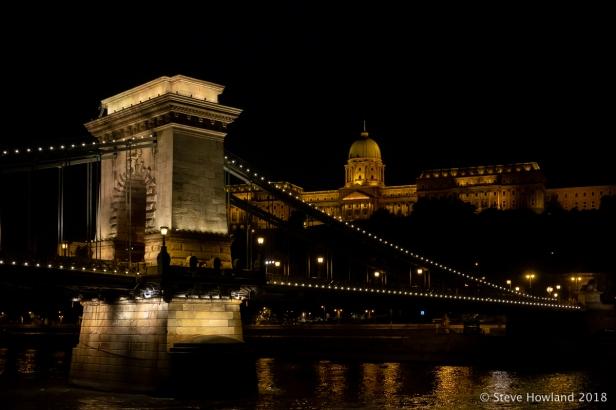 The Széchenyi Chain Bridge at night